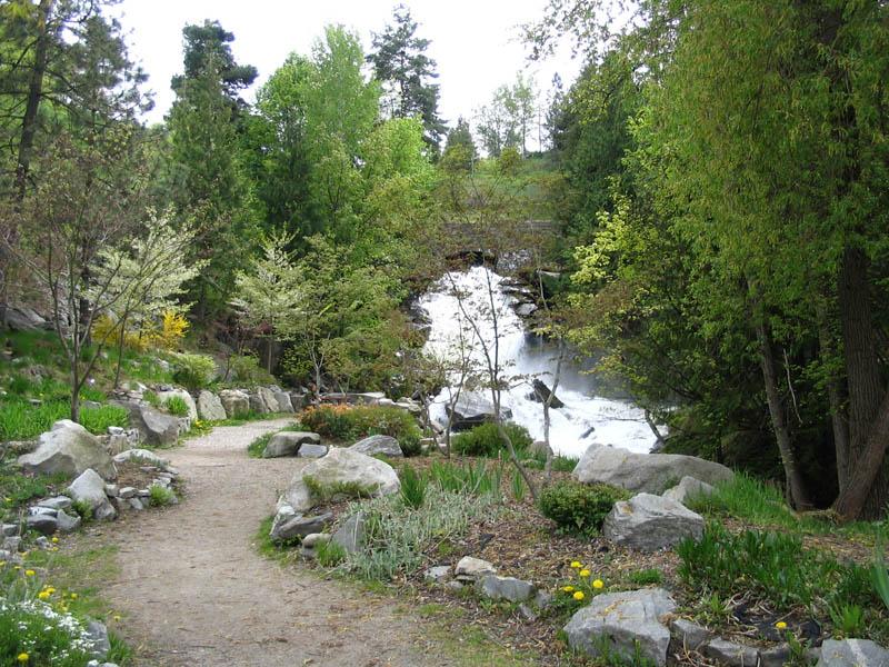 Cottonwood Falls, Nelson BC